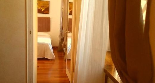 Maison Croix Rome | Short-Term Accommodation Options in Rome